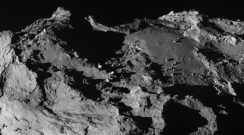Mosaic of 67P/Churyumov-Gerasimenko from Rosetta spacecraft